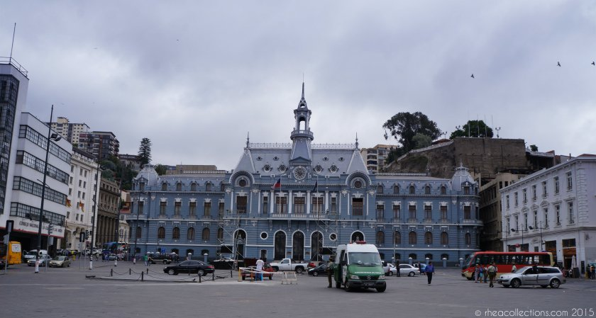 Armada de Chile building at Plaza Sotomayor