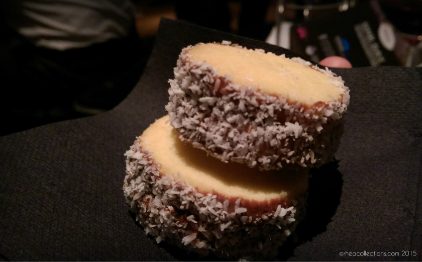 Alfajores (shortbread with dulce de leche)